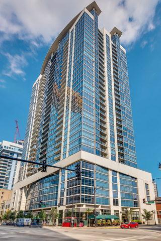 100 E 14th Street #1502, Chicago, IL 60605 (MLS #10095121) :: The Dena Furlow Team - Keller Williams Realty
