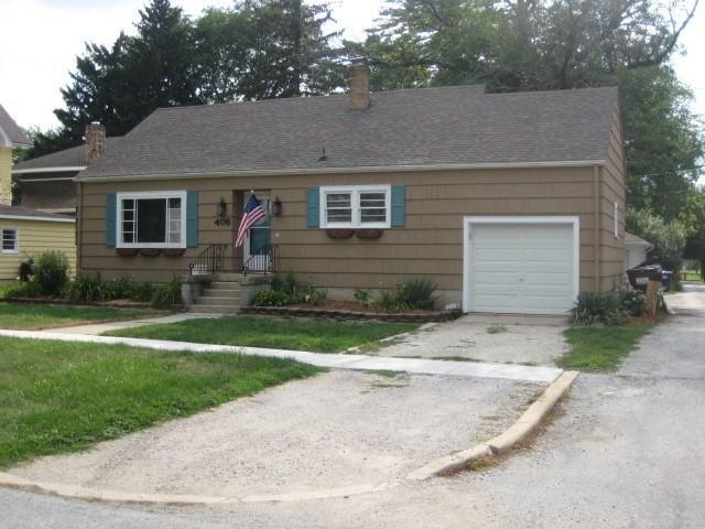 406 N First Street, Peotone, IL 60468 (MLS #10095582) :: The Dena Furlow Team - Keller Williams Realty