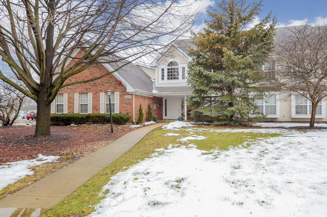 5S560 Paxton Drive 2-C, Naperville, IL 60563 (MLS #10096855) :: Baz Realty Network | Keller Williams Preferred Realty