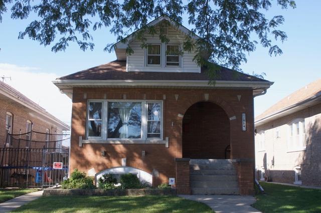 1804 N 24th Avenue, Melrose Park, IL 60160 (MLS #10098817) :: The Dena Furlow Team - Keller Williams Realty