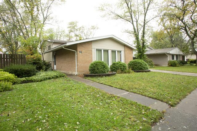 318 Herndon Street NE, Park Forest, IL 60466 (MLS #10099008) :: Baz Realty Network | Keller Williams Preferred Realty