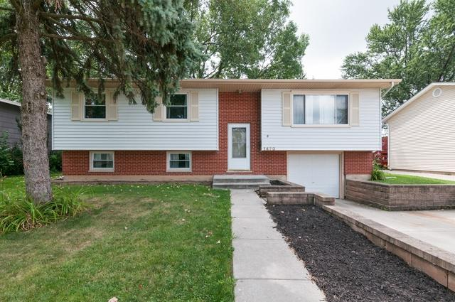 1470 Hillcrest Avenue, Hanover Park, IL 60133 (MLS #10099463) :: The Dena Furlow Team - Keller Williams Realty