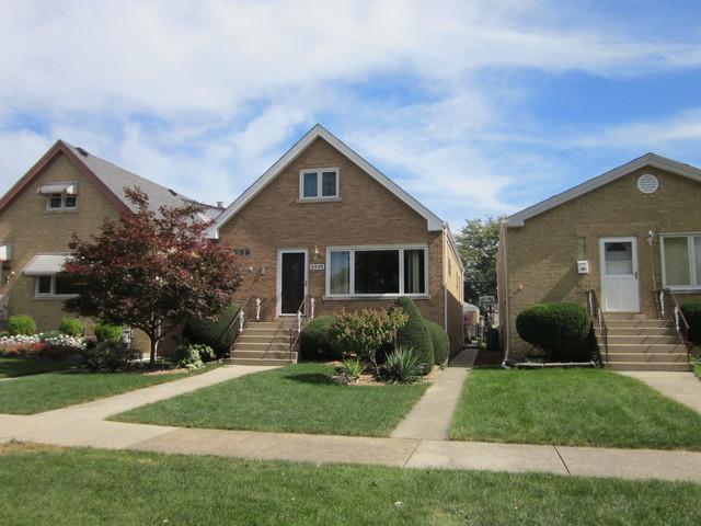2339 Westover Avenue, North Riverside, IL 60546 (MLS #10099830) :: Domain Realty