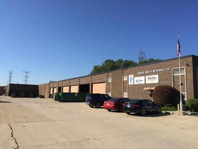 199 Shepard Avenue, Wheeling, IL 60090 (MLS #10100044) :: The Dena Furlow Team - Keller Williams Realty