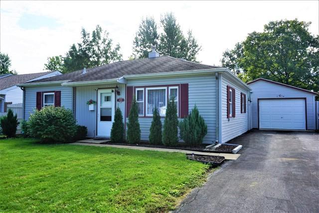 1052 Bel Aire Drive, Rantoul, IL 61866 (MLS #10101419) :: Ryan Dallas Real Estate