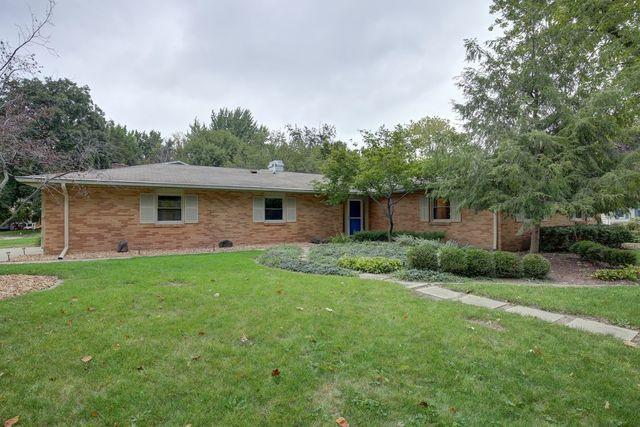 2206 Southmoor Drive, Champaign, IL 61821 (MLS #10101723) :: Ryan Dallas Real Estate
