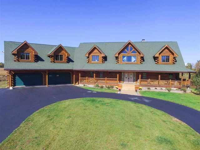 10402 Lawrenceville Road, Garden Prairie, IL 61038 (MLS #10102815) :: The Dena Furlow Team - Keller Williams Realty