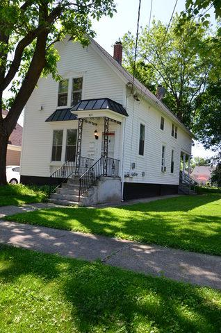 421 Washington Street, Barrington, IL 60010 (MLS #10102882) :: The Jacobs Group