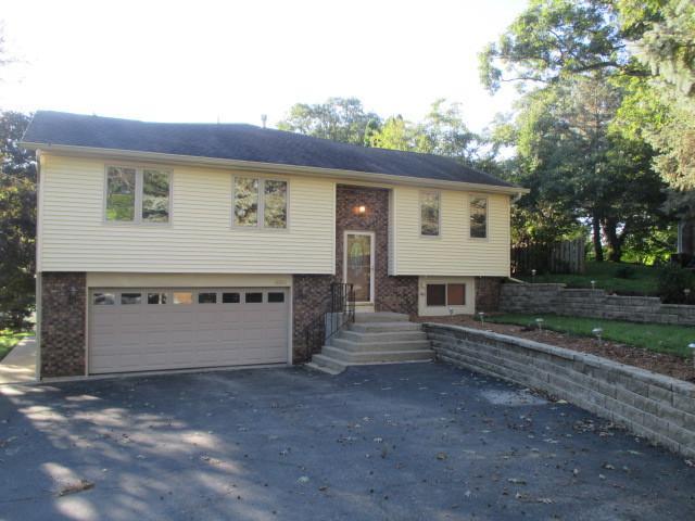3314 Highland Drive, Island Lake, IL 60042 (MLS #10103547) :: The Dena Furlow Team - Keller Williams Realty