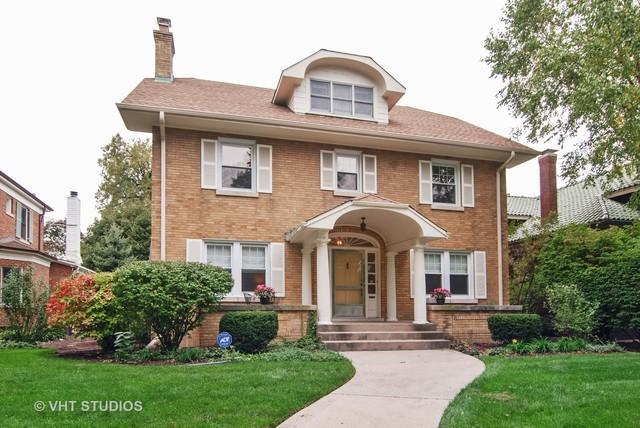 945 N Elmwood Avenue, Oak Park, IL 60302 (MLS #10104053) :: The Dena Furlow Team - Keller Williams Realty