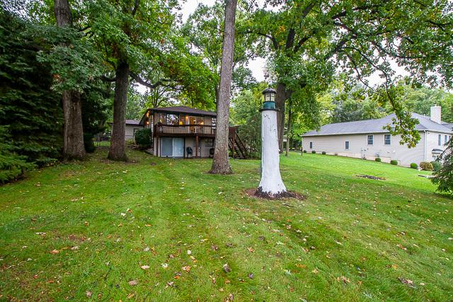 421 Holiday Drive, Lake Holiday, IL 60552 (MLS #10104914) :: The Dena Furlow Team - Keller Williams Realty