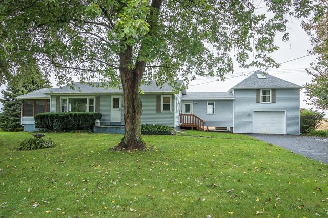 5899 W Clare Road, Clare, IL 60111 (MLS #10105169) :: Helen Oliveri Real Estate