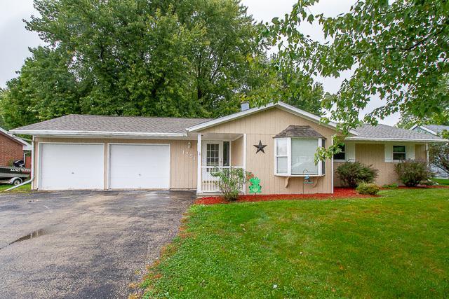 1251 Lakewood Drive, Lake Holiday, IL 60552 (MLS #10105287) :: The Dena Furlow Team - Keller Williams Realty