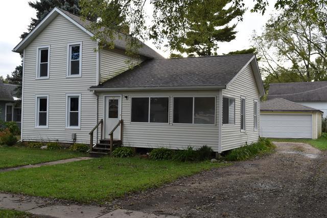 9703 Illinois Street, Hebron, IL 60034 (MLS #10105555) :: Domain Realty