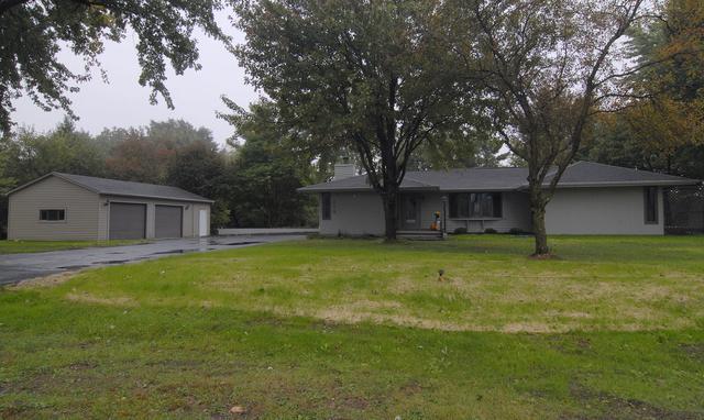 118 Tammy Lane, Lake Holiday, IL 60552 (MLS #10105646) :: The Dena Furlow Team - Keller Williams Realty