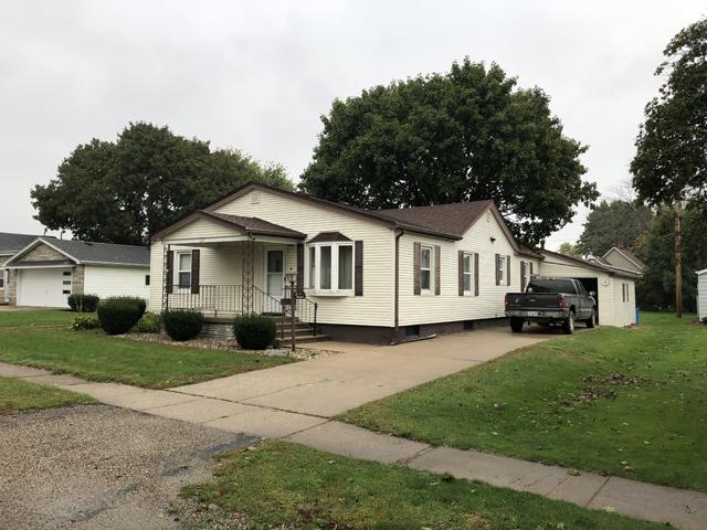 123 S Selby Street, Ladd, IL 61329 (MLS #10105765) :: Ani Real Estate