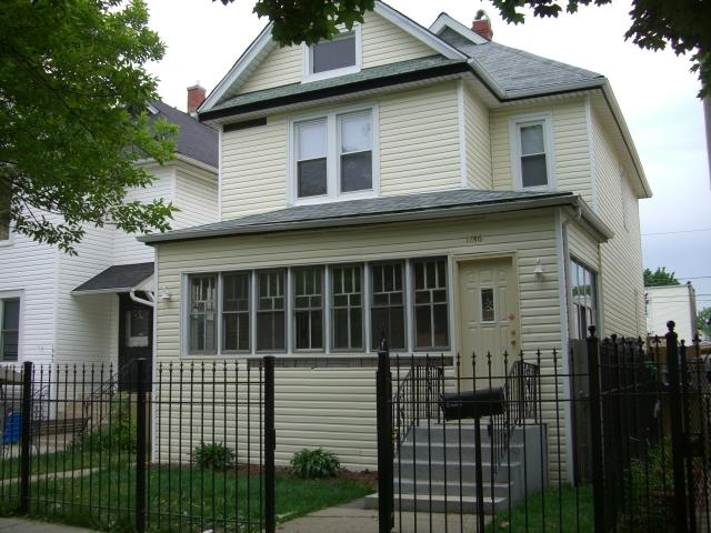 1846 N Springfield Avenue, Chicago, IL 60647 (MLS #10105804) :: The Dena Furlow Team - Keller Williams Realty