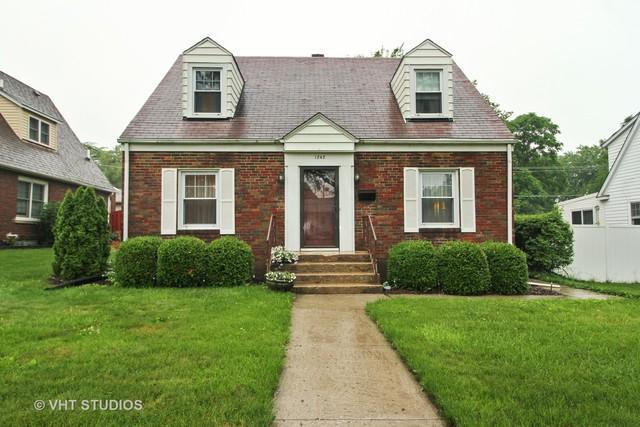 1242 Franklin Avenue, Chicago Heights, IL 60411 (MLS #10105907) :: The Dena Furlow Team - Keller Williams Realty