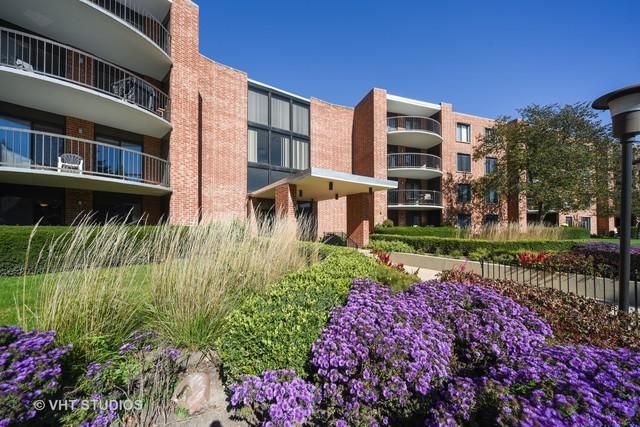 1515 E Central Road 151A, Arlington Heights, IL 60005 (MLS #10106276) :: The Jacobs Group