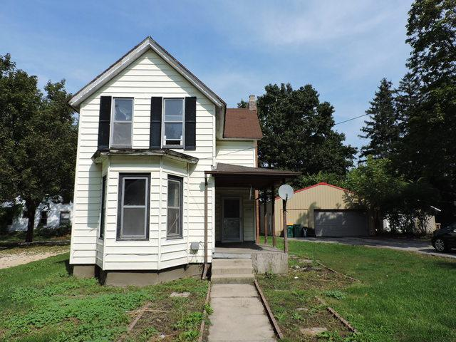 105 E Main Street, Genoa, IL 60135 (MLS #10106820) :: The Dena Furlow Team - Keller Williams Realty