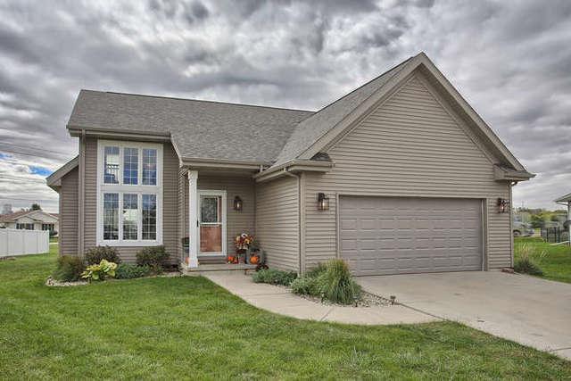 403 Eagle Court, Gibson City, IL 60936 (MLS #10107103) :: Ryan Dallas Real Estate