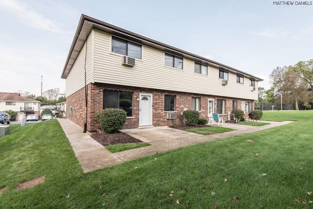 9064 Archer Avenue A, Willow Springs, IL 60480 (MLS #10107242) :: The Wexler Group at Keller Williams Preferred Realty