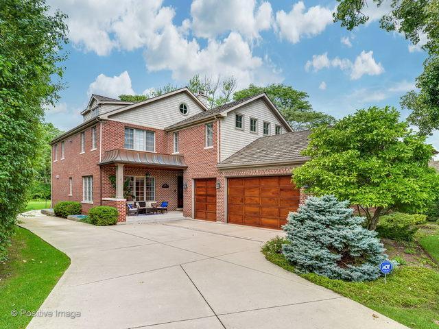 312 Country Lane, Glenview, IL 60025 (MLS #10107274) :: HomesForSale123.com