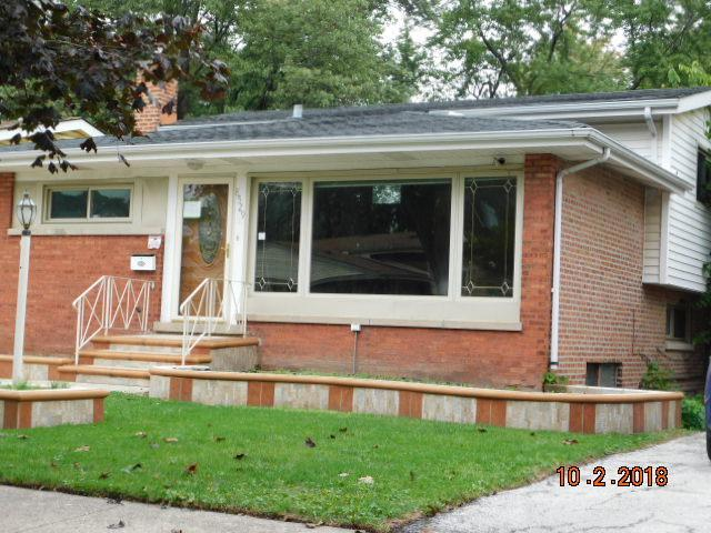 8529 S Woodlawn Avenue, Chicago, IL 60619 (MLS #10107311) :: The Dena Furlow Team - Keller Williams Realty