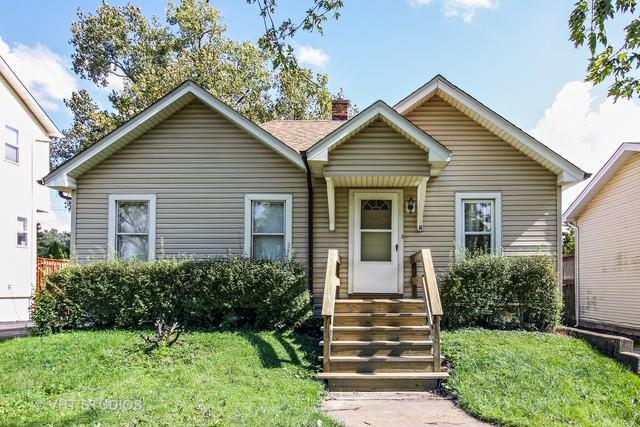 4109 N Park Street, Westmont, IL 60559 (MLS #10108048) :: The Dena Furlow Team - Keller Williams Realty