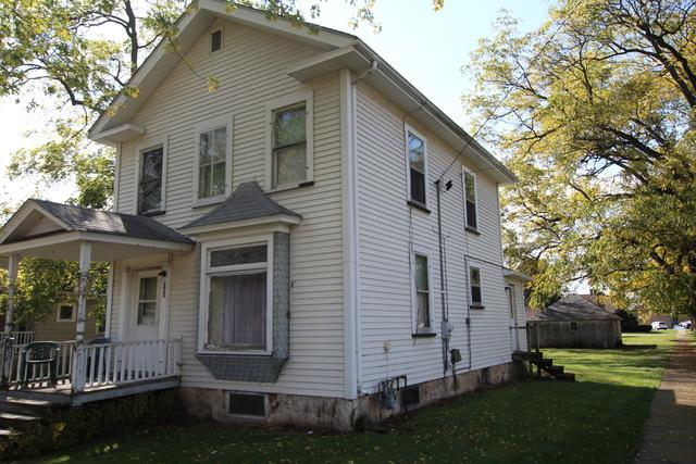 300 S Cherry Street, Somonauk, IL 60552 (MLS #10108925) :: Leigh Marcus | @properties