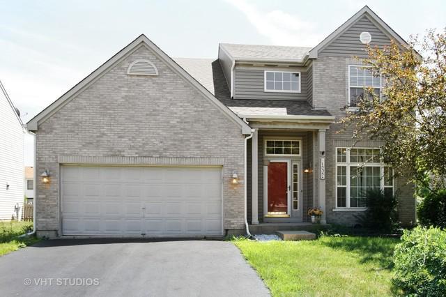 1535 Tanglewood Drive, Crystal Lake, IL 60014 (MLS #10109276) :: The Dena Furlow Team - Keller Williams Realty