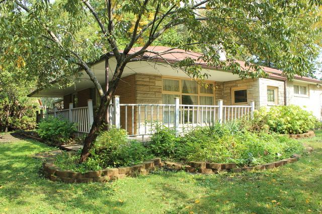 665 Lake Street, Antioch, IL 60002 (MLS #10109352) :: The Dena Furlow Team - Keller Williams Realty