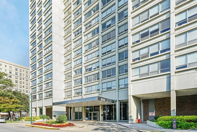 1700 E 56th Street #501, Chicago, IL 60637 (MLS #10109567) :: The Mattz Mega Group