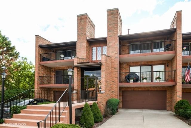 10 Cinnamon Creek Drive 3S, Palos Hills, IL 60465 (MLS #10110040) :: The Dena Furlow Team - Keller Williams Realty