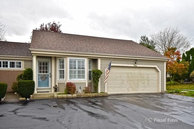 769 Village Circle, Marengo, IL 60152 (MLS #10110338) :: The Mattz Mega Group