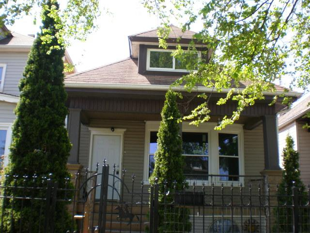 3211 W 64TH Street, Chicago, IL 60629 (MLS #10110403) :: The Dena Furlow Team - Keller Williams Realty