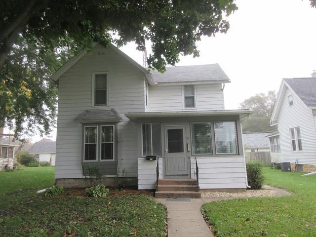 506 7th Avenue, Sterling, IL 61081 (MLS #10110842) :: The Dena Furlow Team - Keller Williams Realty