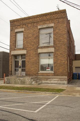 2353 New Street, Blue Island, IL 60406 (MLS #10110965) :: The Dena Furlow Team - Keller Williams Realty