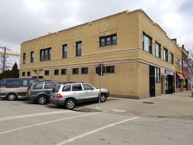 2422-24 Fullerton Avenue, Chicago, IL 60647 (MLS #10111032) :: Domain Realty