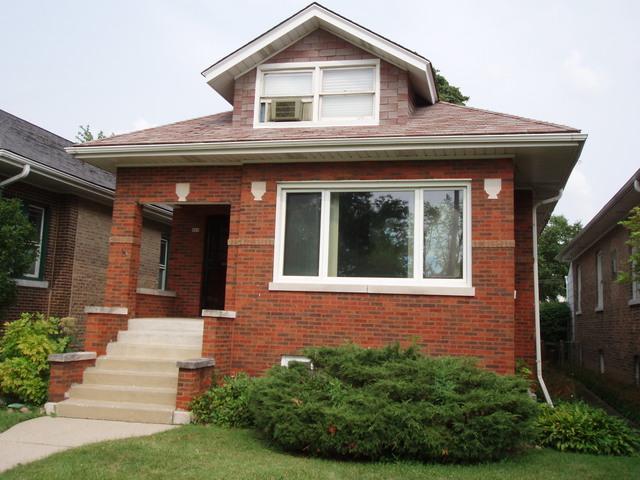 926 N Ridgeland Avenue, Oak Park, IL 60302 (MLS #10111387) :: The Dena Furlow Team - Keller Williams Realty