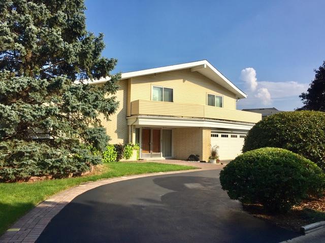 2821 S Briarwood Drive W, Arlington Heights, IL 60005 (MLS #10111403) :: John Lyons Real Estate