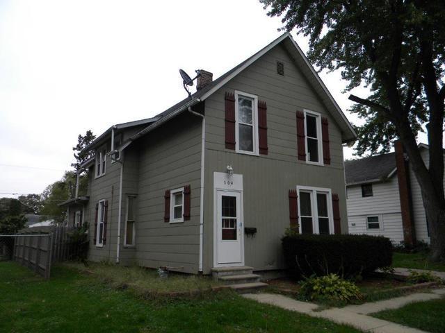 504 W 7th Street, Sterling, IL 61081 (MLS #10111852) :: The Dena Furlow Team - Keller Williams Realty
