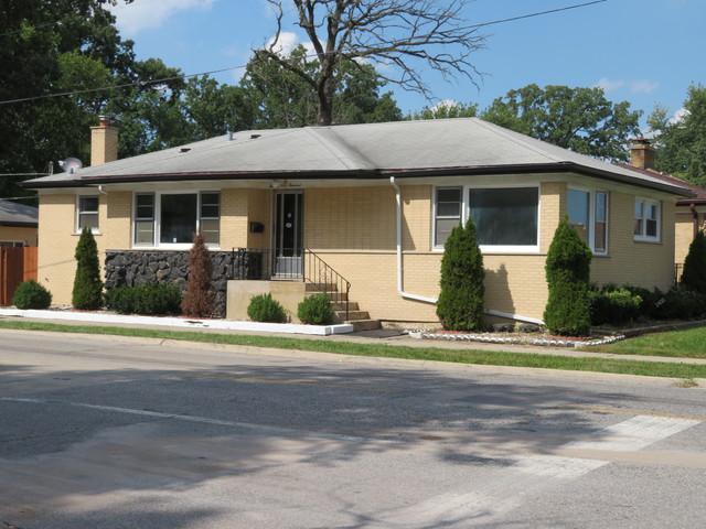 2400 1st Avenue, River Grove, IL 60171 (MLS #10111927) :: The Dena Furlow Team - Keller Williams Realty