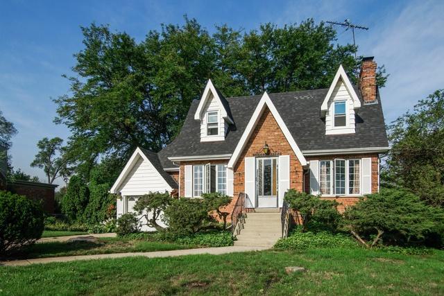 9420 Greenwood Avenue, Des Plaines, IL 60016 (MLS #10111990) :: The Dena Furlow Team - Keller Williams Realty