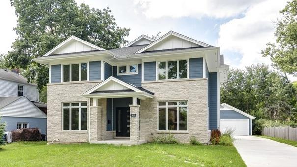 820 S Wheaton Avenue, Wheaton, IL 60189 (MLS #10112035) :: The Dena Furlow Team - Keller Williams Realty