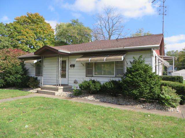 68 N Franklin Street, Momence, IL 60954 (MLS #10112082) :: Leigh Marcus | @properties