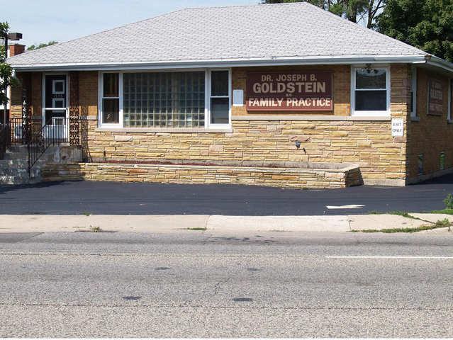 1556 River Road, Des Plaines, IL 60018 (MLS #10112326) :: The Dena Furlow Team - Keller Williams Realty