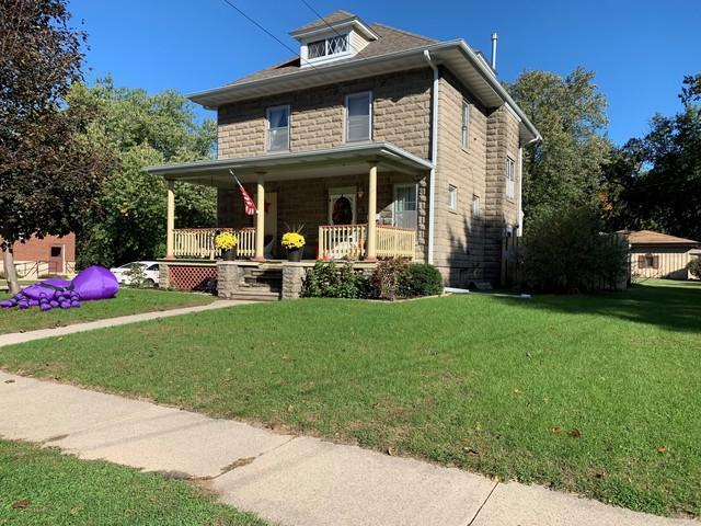 300 E 3rd Street, Prophetstown, IL 61277 (MLS #10112476) :: Ani Real Estate