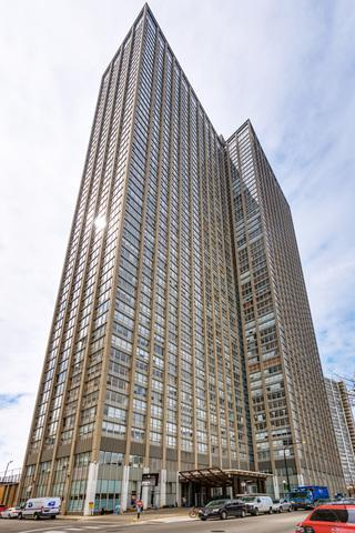 655 W Irving Park Road #4914, Chicago, IL 60613 (MLS #10112708) :: Domain Realty