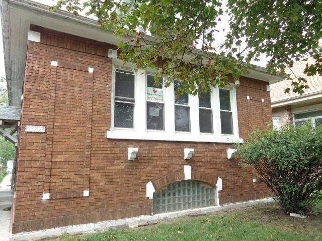 8138 S Kimbark Avenue, Chicago, IL 60619 (MLS #10112768) :: The Dena Furlow Team - Keller Williams Realty
